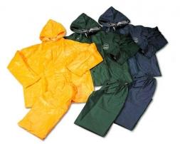traje para lluvia